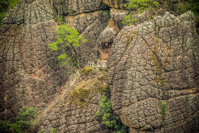 Terrazza del tempio tra le rocce a tartaruga